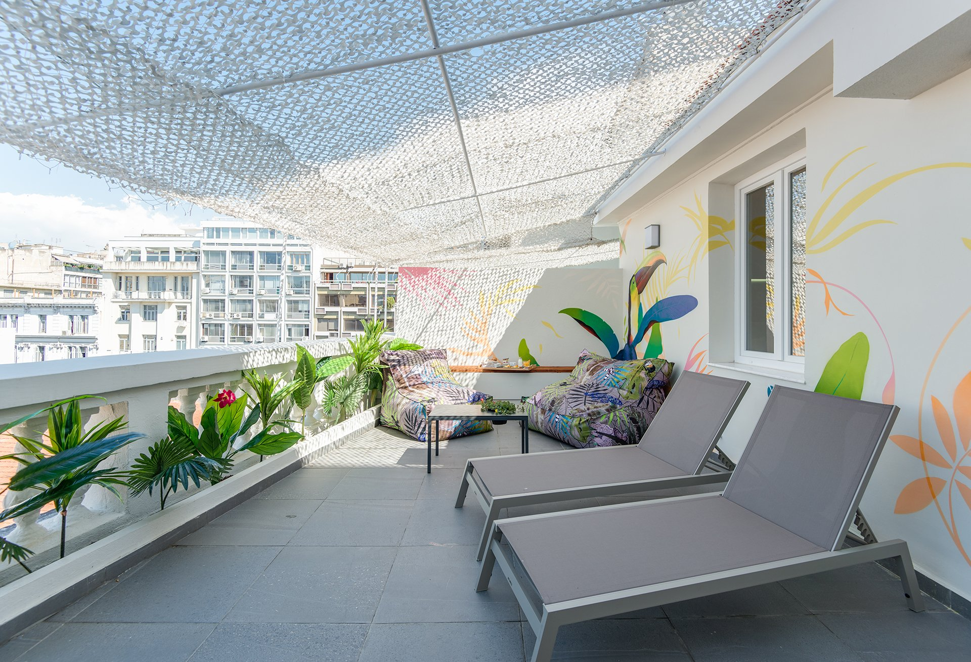 COLORS Urban Hotel 55 Deluxe Suite with Private Terrace & Jacuzzi 24