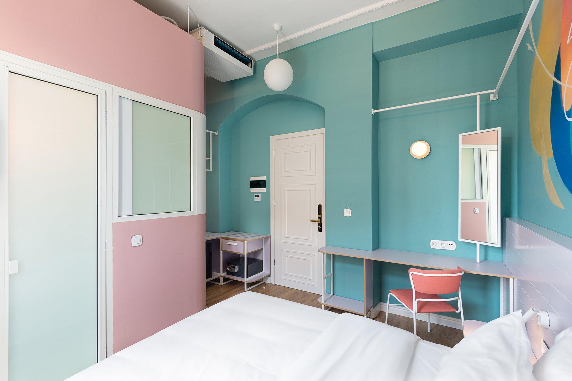 Colors Agiou Mina Thessaloniki Greece Dream Room 235 Candy 3