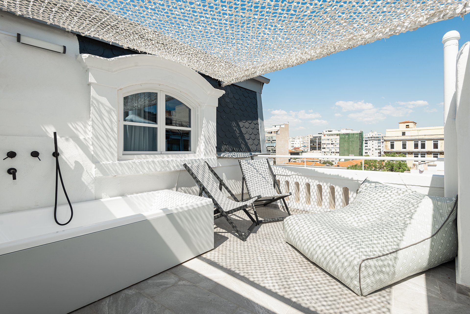 Colors Agiou Mina Thessaloniki Greece King Suite with Private Terrace & Jacuzzi 240 Golden Boy